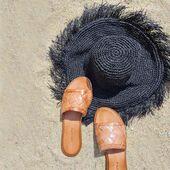 Summer gadgets 😉 . #sandals #handmade #shoesaddict #greeksandals  #greek